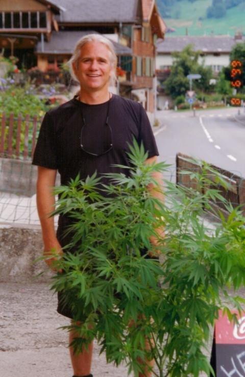 1999: Switzerland Allows Sale of Marijuana Labeled As Hemp
